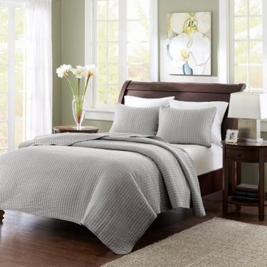 Full/Queen Grey Keaton Coverlet Set main image