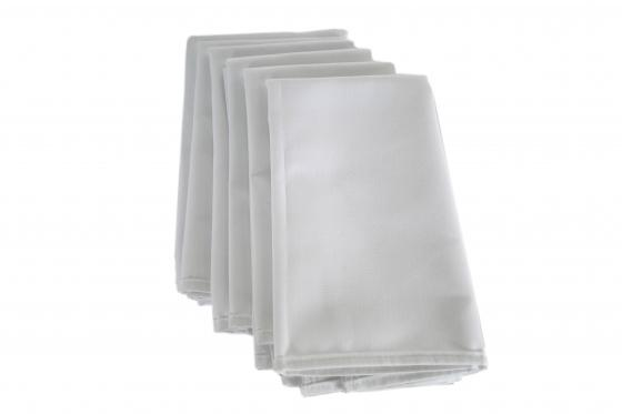 Set of 6 White Napkins main image