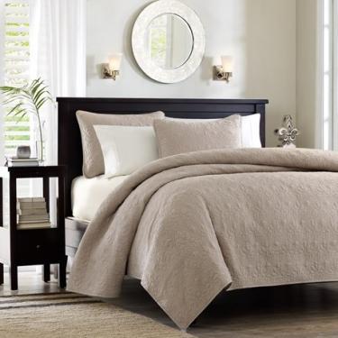 Lulled Beige Full/Queen Bedding Set (3) main image