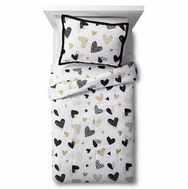 Twin Hearts Bedding Set main image