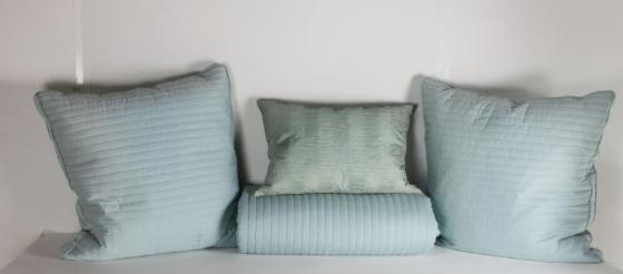 Full/Queen Teal Bedding Set main image