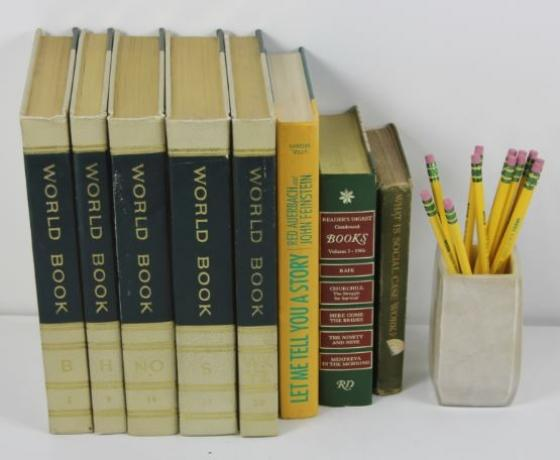 Accent Books And Pencil Set main image