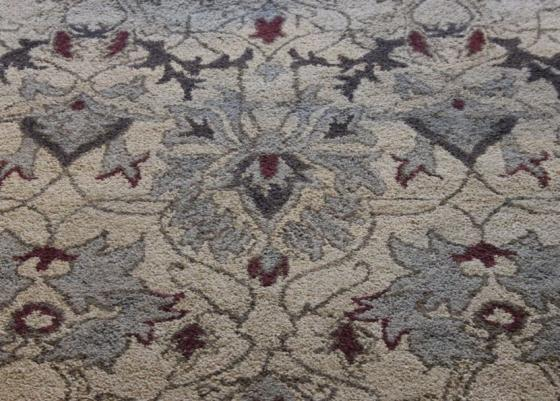 Handmade Transitional Pattern Rug 5'x8' main image
