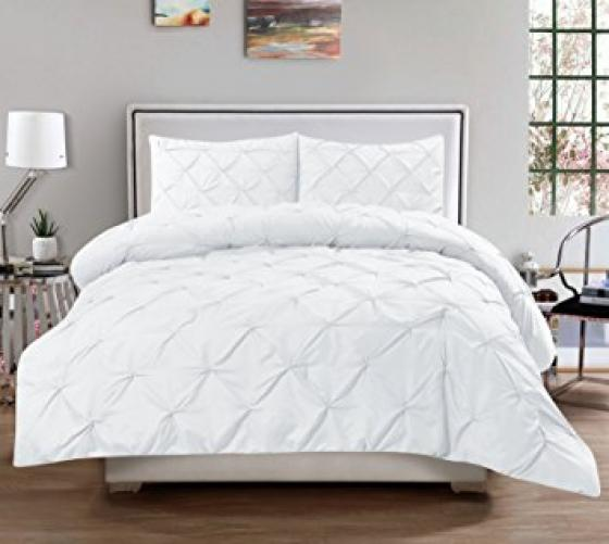 Full/Queen White Pintuck Comforter Set main image