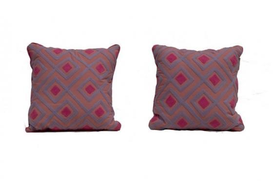 Pink Pillows main image