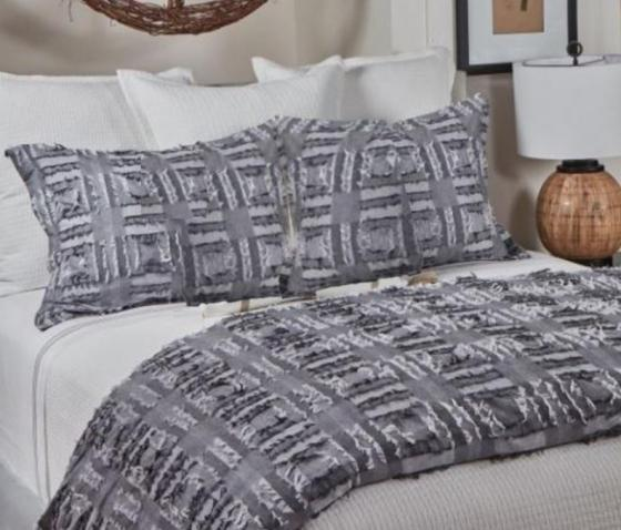 Queen Fringe Duvet Set main image